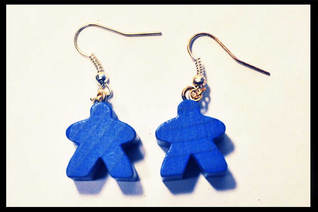 boucles d'oreilles meeples bleus