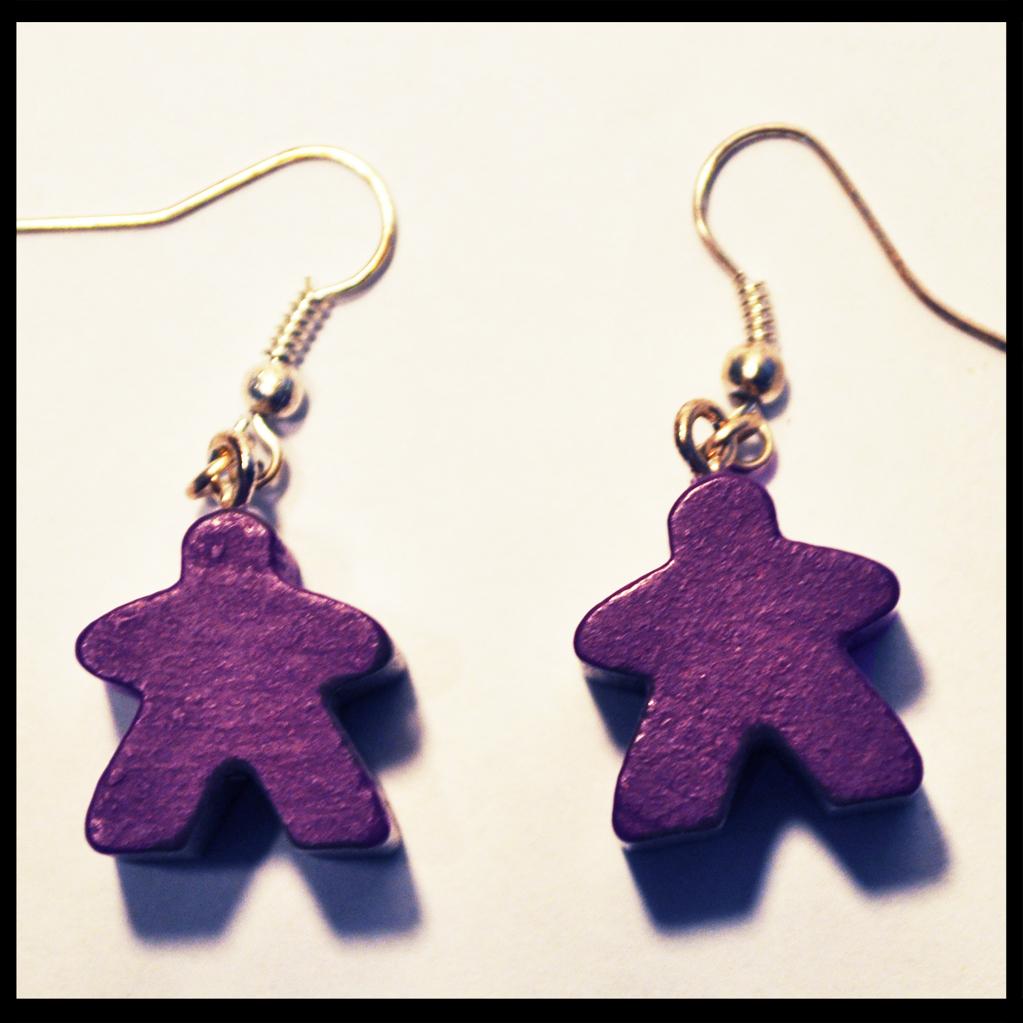 boucles d'oreilles meeples violets