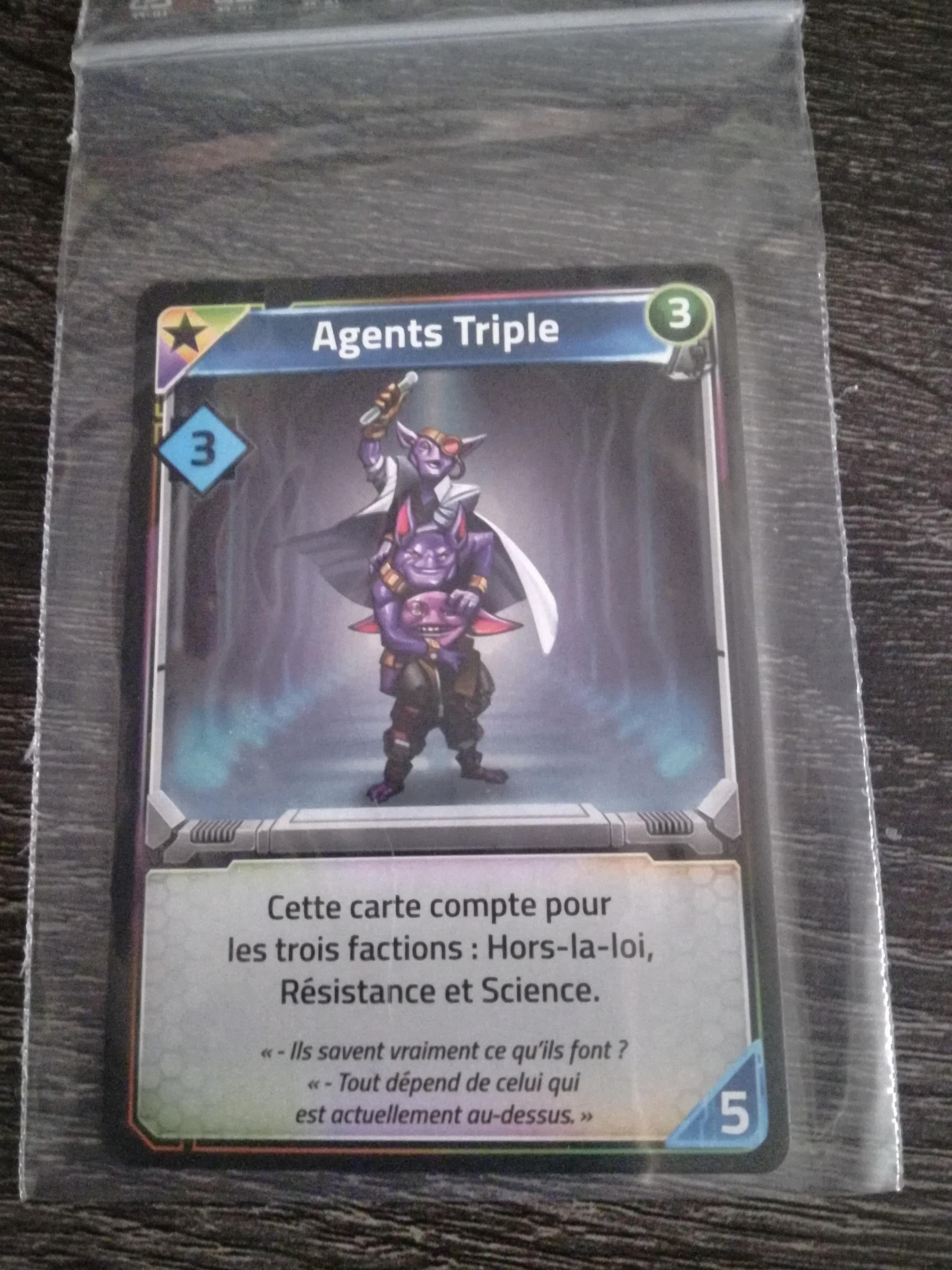 Clank ! Dans l'espace ! - Agent Triple