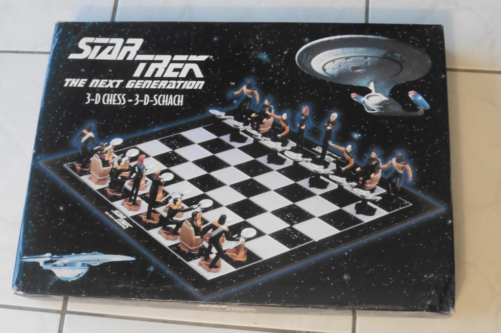 STAR TREK The Next Generation 3-D CHESS