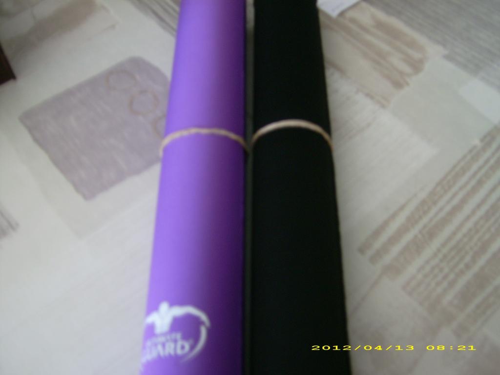 Abyss - playmat couleur noir et violet
