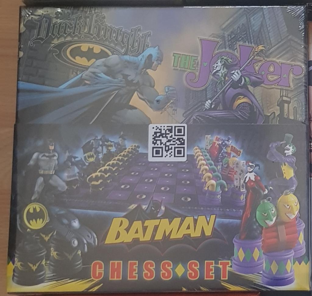 Chess Set Batman